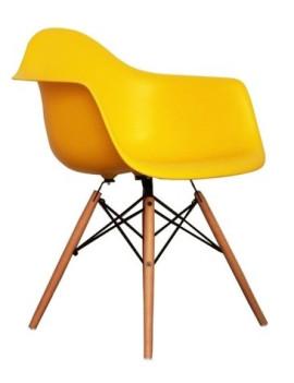 Стул с подлокотниками «Eames Литой» с жестким сиденьем (деревянный каркас)